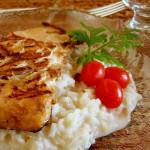 Salmão com risoto de coco e castanha