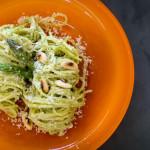 A Cozinha da Alice – Espaguete com creme de aspargos e amêndoas tostadas